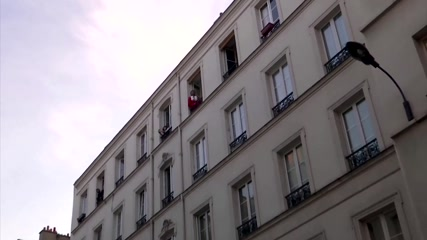 Balcony game show during Paris lockdown goes viral