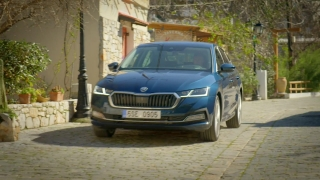 The new ŠKODA OCTAVIA Driving Video