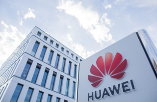 Huawei's UK chief issues financial warning
