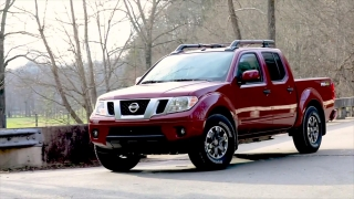 2020 Nissan Frontier Driving Video